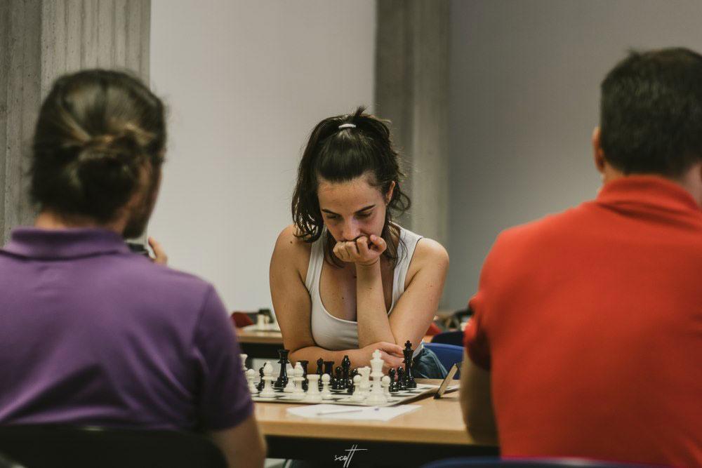 2ος γύρος στο 1o Διεθνές Τουρνουά Σκάκι Βόλου